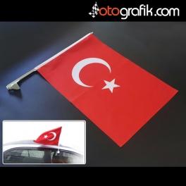 Araç Türk Bayrağı